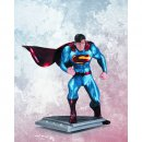 Superman - Man of Steel Resin-Statue by Jim Lee