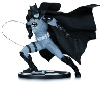 Batman Black & White Resin-Statue - Batman von Ivan Reis