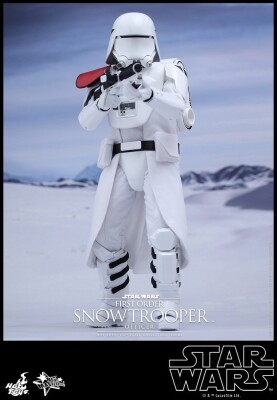 Star Wars Episode VII Großfigur: First Order Snowtrooper Officer Sixth Scale (Hot Toys)