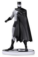 Batman Black & White Resin-Statue - Batman von Darwyn...