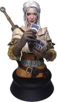 Witcher 3 Resin-Büste: Ciri playing Gwent (20 cm)
