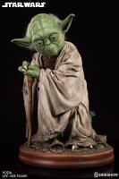 Star Wars Life-Size Resin-Statue Yoda (81 cm)
